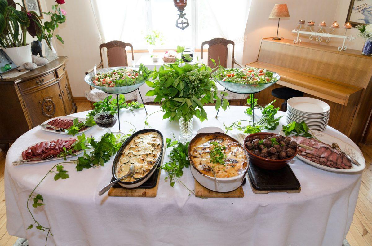 Taipaleen tilan juhlaruokaa